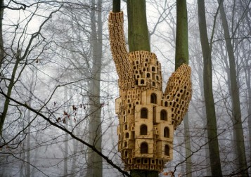 Spontaneous-City-in-the-Tree-of-Heaven-by-Jo-Joelson-and-Bruce-Gilchrist-London-Fieldworks-yatzer-4