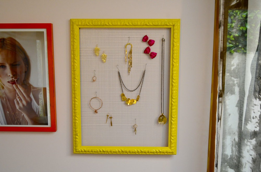 Mr. Kate - DIY framed jewelry organizer