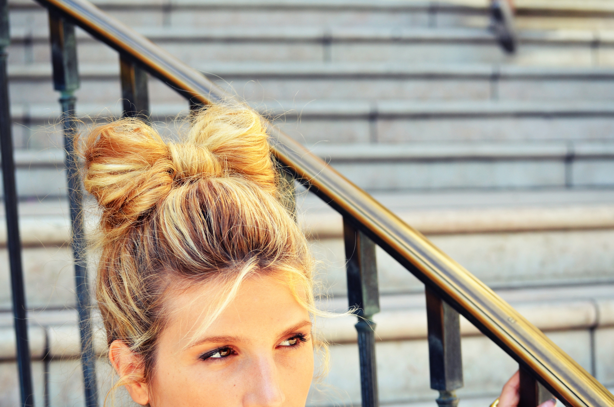Mr Kate Diy Hair Bow Bun Tutorial