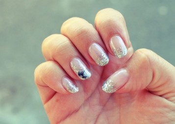 silver_glitter_nails_1x_xx