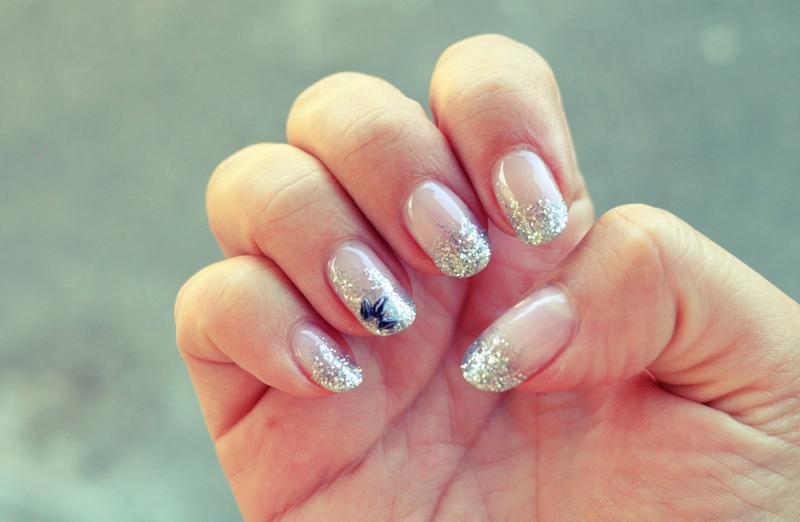 Glitter Nail Tips Gel | Splendid Wedding Company