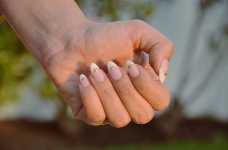 These Days People Are Calling Pointy Nails Like This Stiletto