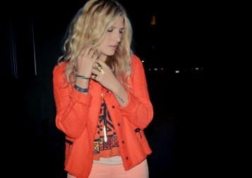 orangejacket_6