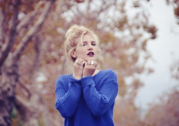 bluesweater_2