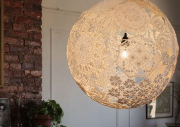 pendant-lamp-made-from-vintge-doilies