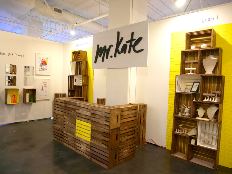 Mr Kate Mr Kate Beautycon Diy Crate Booth