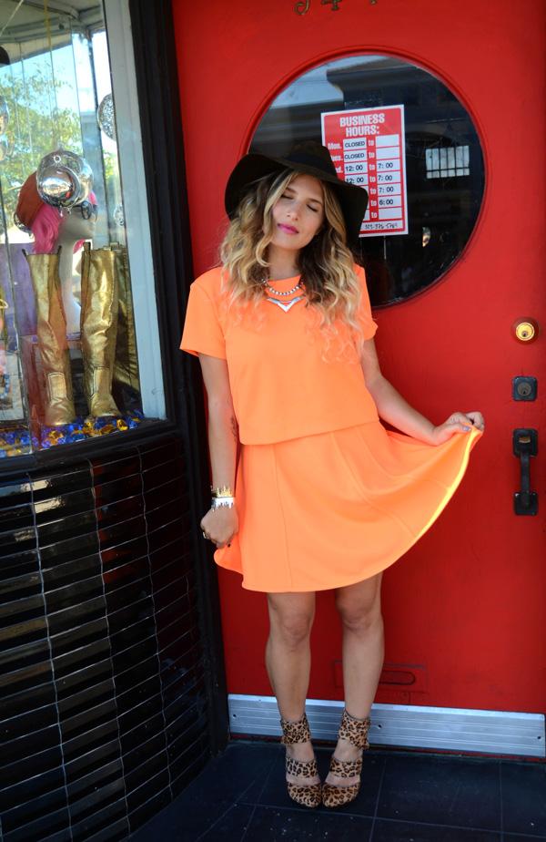 mrkate_ootd_orange_skirt_suit-2