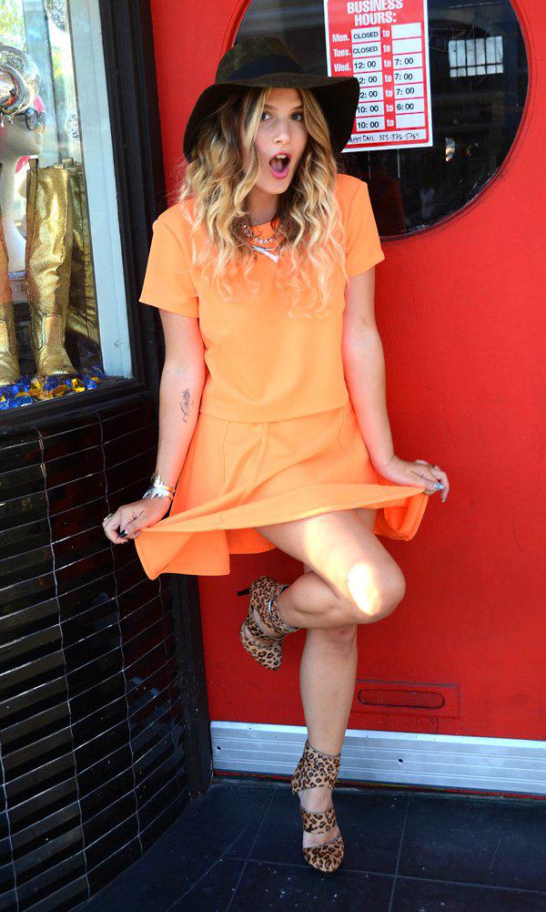 mrkate_ootd_orange_skirt_suit-3x