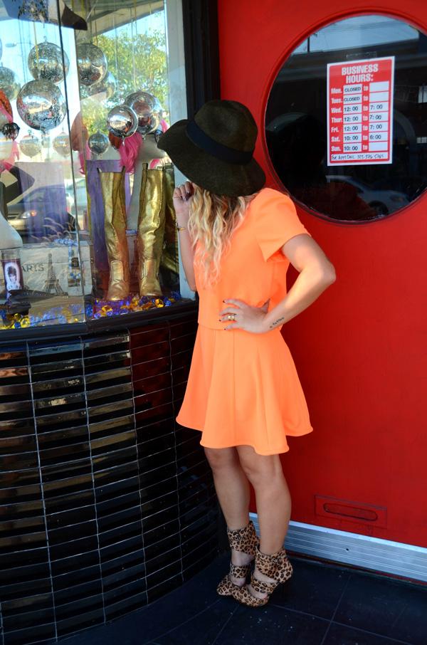 mrkate_ootd_orange_skirt_suit-4