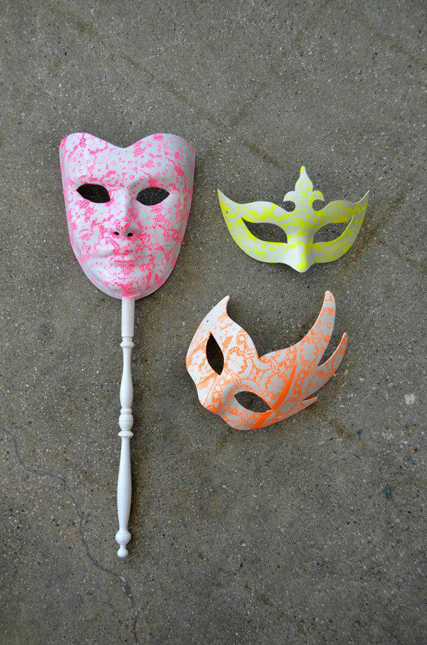 mrkate_DIY_neon_lace_masks-13x