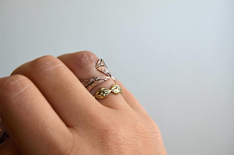 mrkate_styling-multiple-rings-18