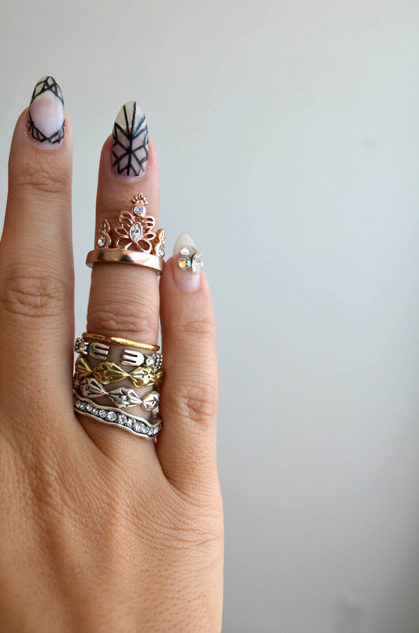 mrkate_styling-multiple-rings-20x