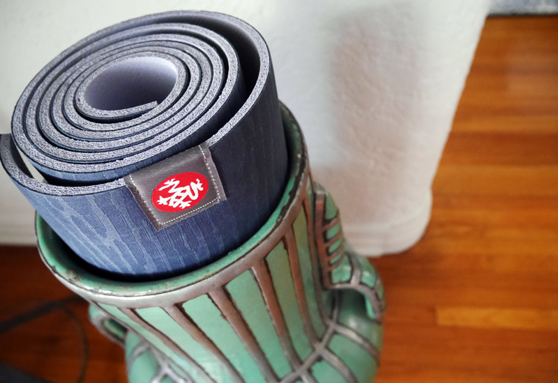 mrkate_vlog_yog_mat_1