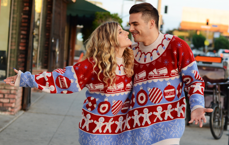 mrkate_togethersweater_2