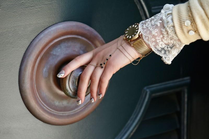 Mr. Kate Tuxedo Handpiece