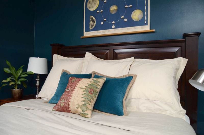 MrKate_AHollywoodHome_Bedroom-12