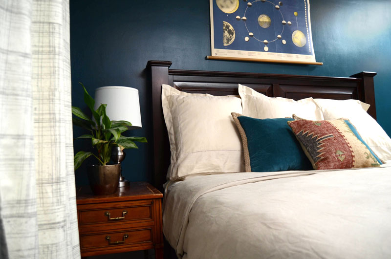 MrKate_AHollywoodHome_Bedroom-24