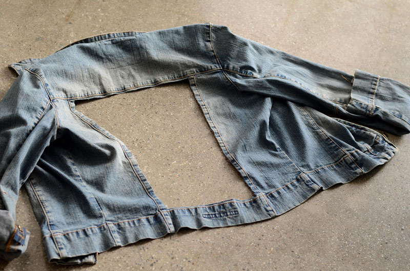 MrKate_DIY_LaceInsertJacket-3aa