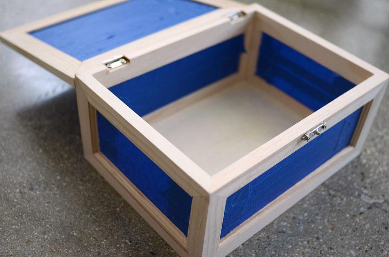 MrKate_DIY_GoldAndWoodJewelryBox-3
