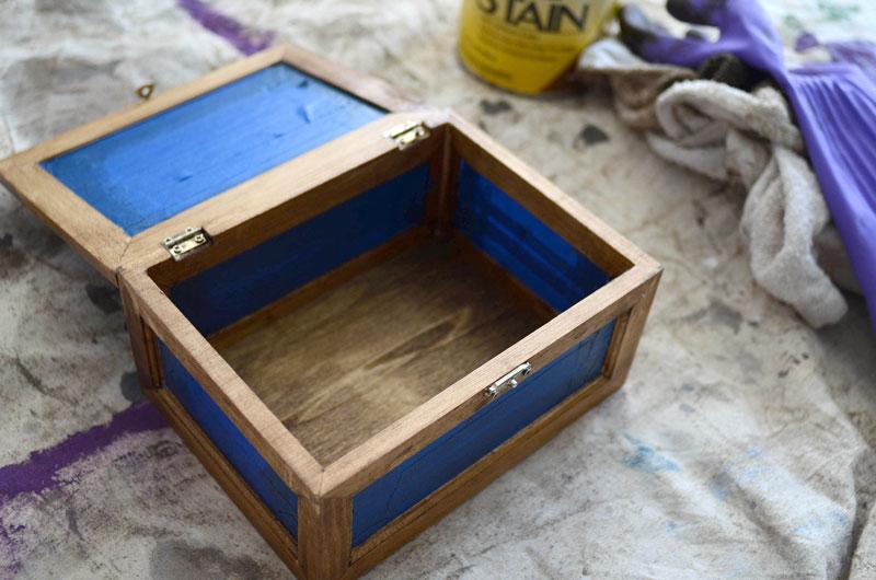 MrKate_DIY_GoldAndWoodJewelryBox-6