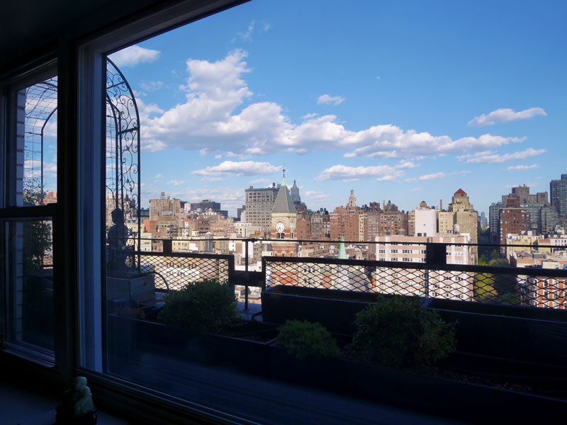 MrKate_NYCtravel_vlog_newfronts_24