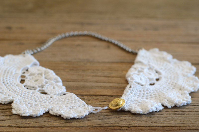 MrKate_DIY_LaceCollarNecklace-14