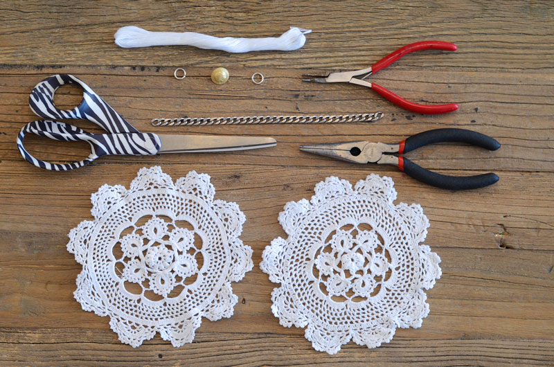 MrKate_DIY_LaceCollarNecklace-3