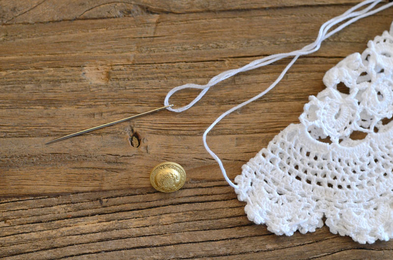MrKate_DIY_LaceCollarNecklace-6