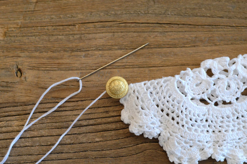 MrKate_DIY_LaceCollarNecklace-8