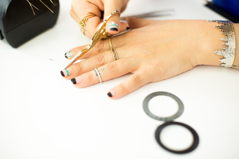 Mr. Kate - DIY Metallic Striped Nail Art