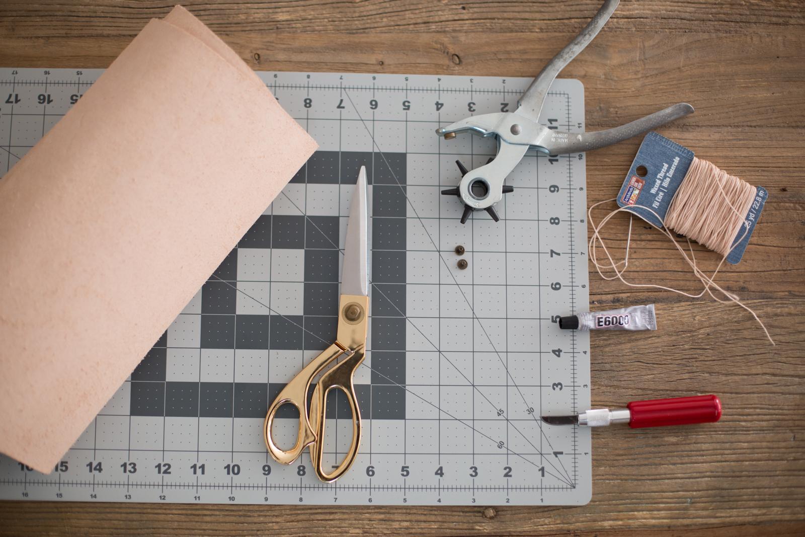 Mr  Kate - DIY Leather Envelope Clutch