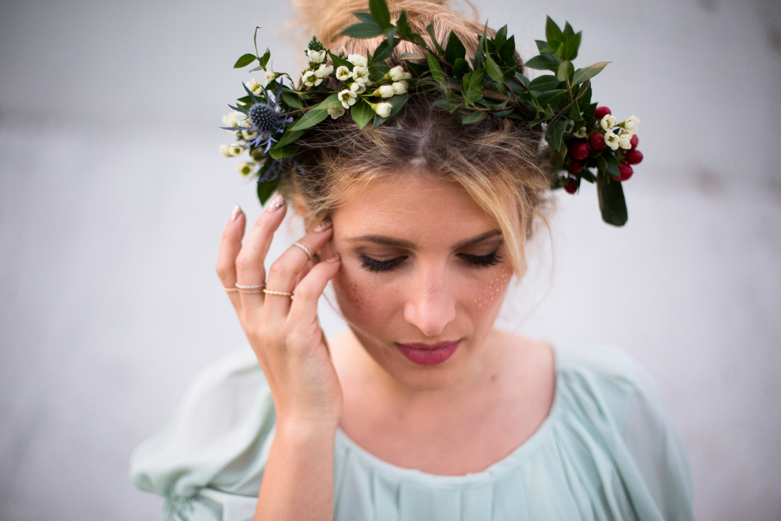 mr. kate - diy winter flower crown