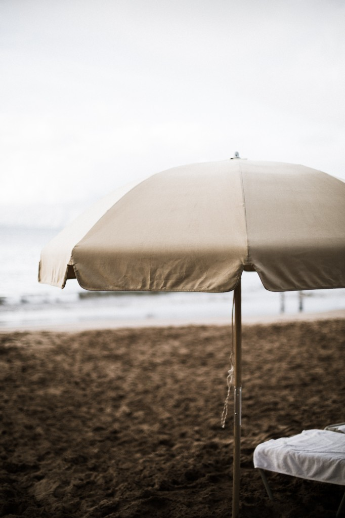 maui_umbrella_beach_