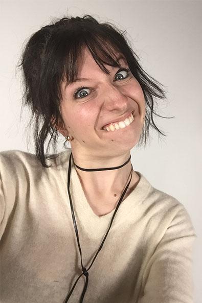 kelly_ugly_selfie