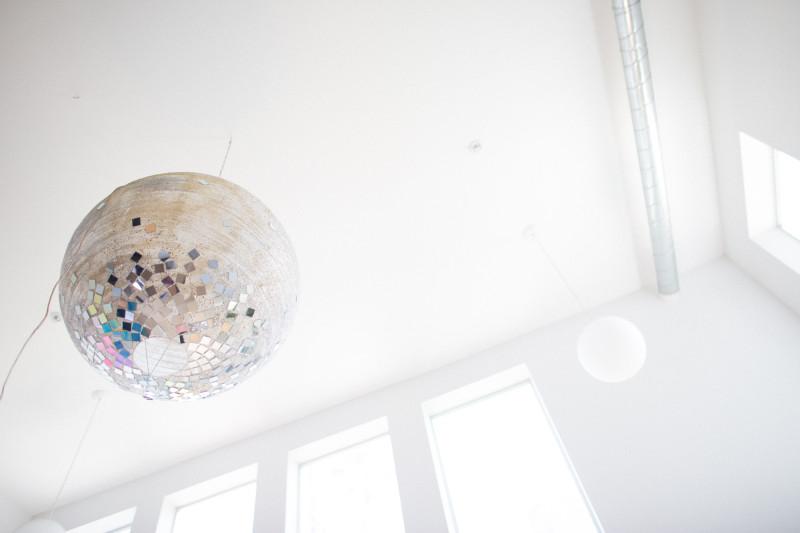 MRKATE_OMG_WACO_DIY_GlitterBalls (46 of 56)