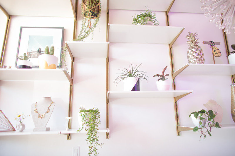 Styling Shelves 101 Mr Kate Bloglovin